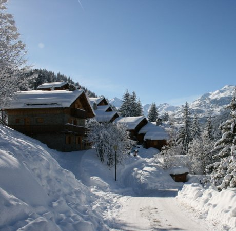 Snowy chales in meribel